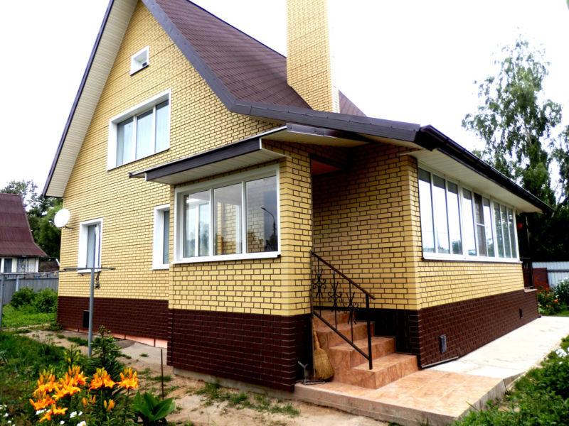 fasadnye-paneli-fineber-oblicovochniy-kirpich-jeltiy