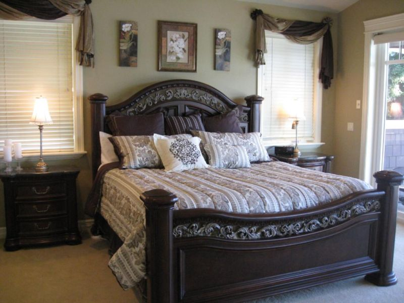 large-bedroom-sets-2