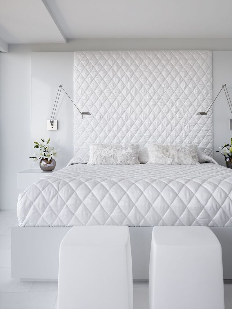 natural-white-bedroom-apartment
