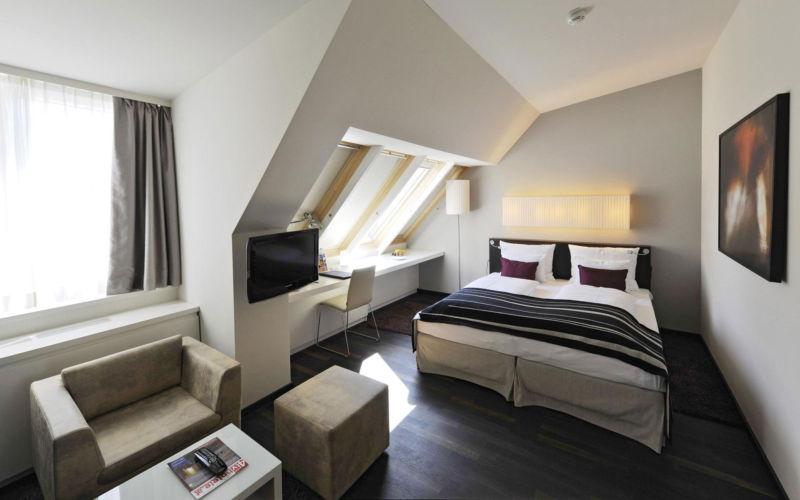 дизайн спальной комнаты 12 кв м фото