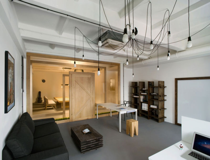 pride-and-glory-office-by-morpho-studio-01