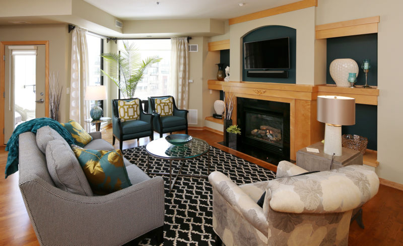 reinventing-home-local-baby-boomers-trade-traditional-for-modern-after-years-of-living-in-a-style-house-marcia-and-doug-dewane-opted-condo-st-paul-filled-it-with-all-new-moder_condo-type-furniture_fur