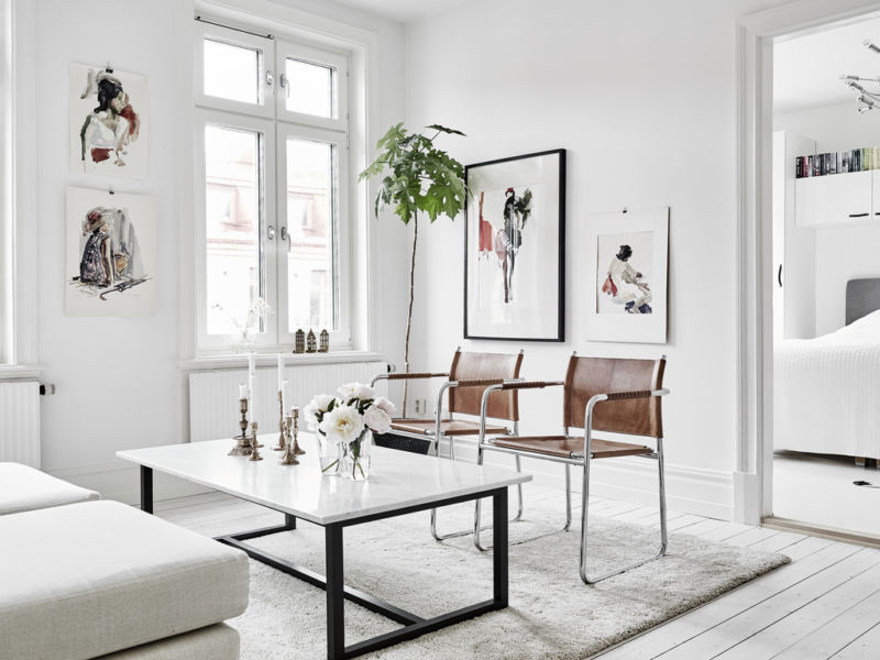 scandinavian-summer-style-interior_living-room_leather-chairs