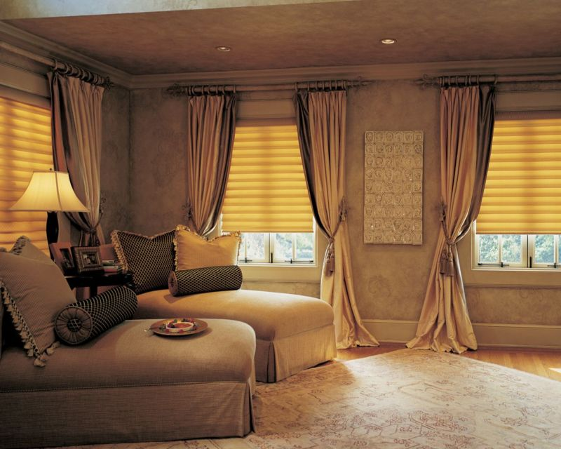 vigtraditional_easyrise_bedroom_31