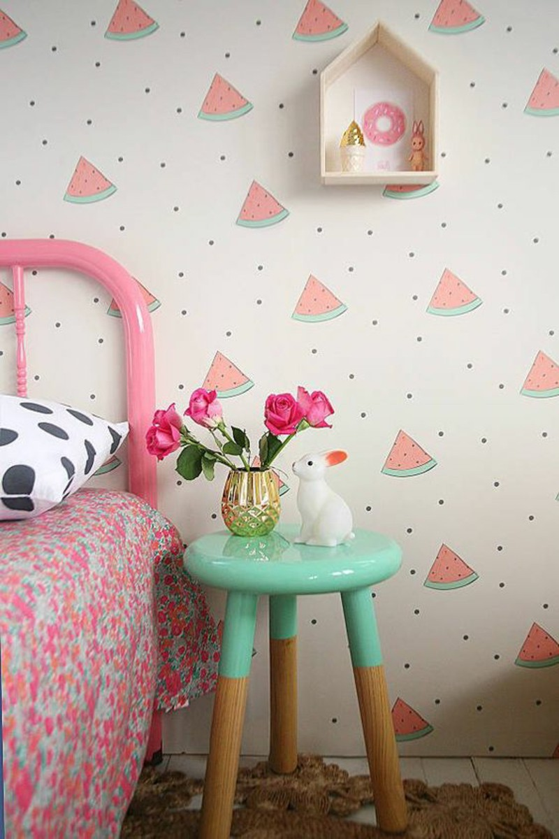 wallpapers-children-s-room-watermelon-pattern-pink-sidetable