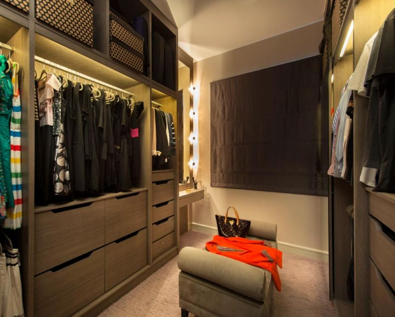 wardrobe-002