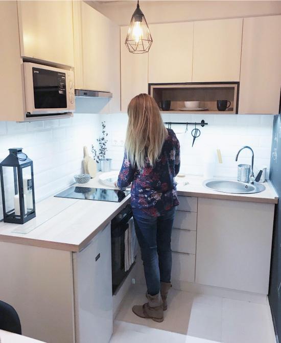 кухонные гарнитуры для маленькой кухни фото